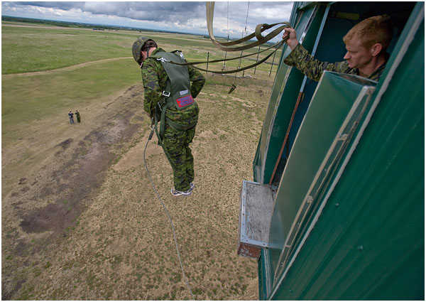 Canadian Basic Parachute Course Selection & Training – Boot
